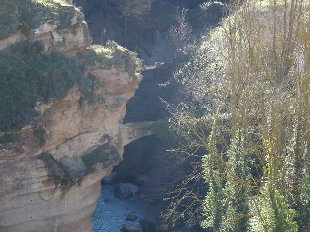 Acueducto sobre el río Alhama