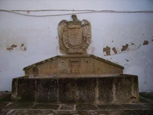 alhama-de-granada-pilar