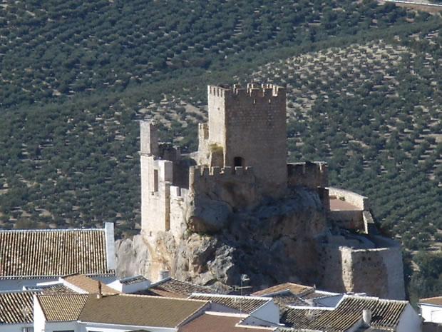 Baños Arabes Zuheros:Castle of Zuheros – Sierras Subbéticas – Zuheros Château