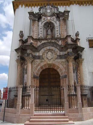 Portada de la Iglesia de San Juan de Dios de Lucena