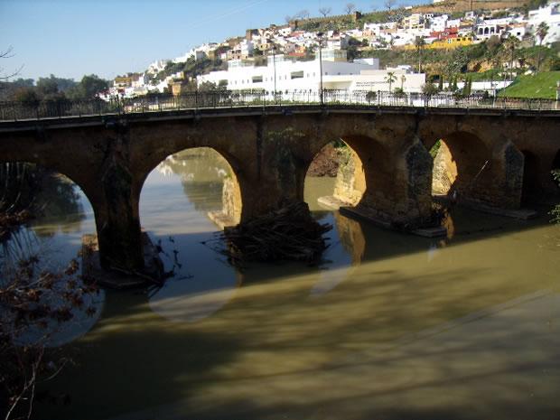 Puente de carlos iii puente romano de alcal de guada ra - Comisaria alcala de guadaira ...