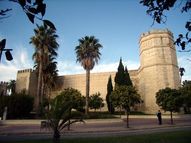 Monumental landmark of el alcazar de jerez and c mara oscura for Banos arabes jerez de la frontera