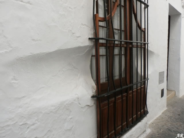 Ears to observe people - Arcos de la Frontera