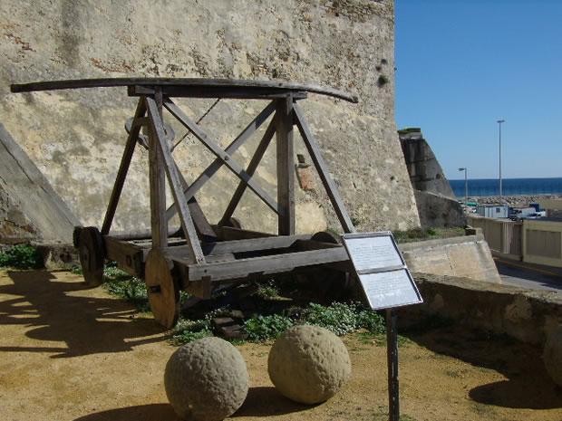 Alcazaba Califal de Guzmán El Bueno - Catapulta