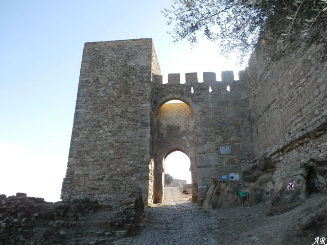 Castillo de Jimena de la Frontera, Puerta del Reloj