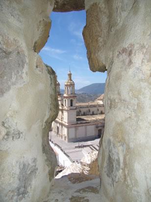castillo-de-olvera-iglesia