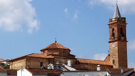 Iglesia Parroquial del Espíritu Santo de Fuenteheridos