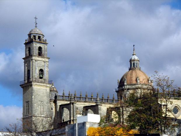 jerez-de-la-frontera-catedral-exterior