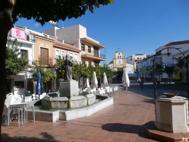 Plaza Mártires del Pueblo, Las Cabezas de San Juan