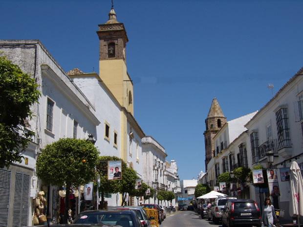 Convento de San Cristobal a la izquierda e Iglesia de la Victoria a la derecha