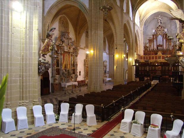 Iglesia Parroquial Matriz de Santa María La Mayor La Coronada