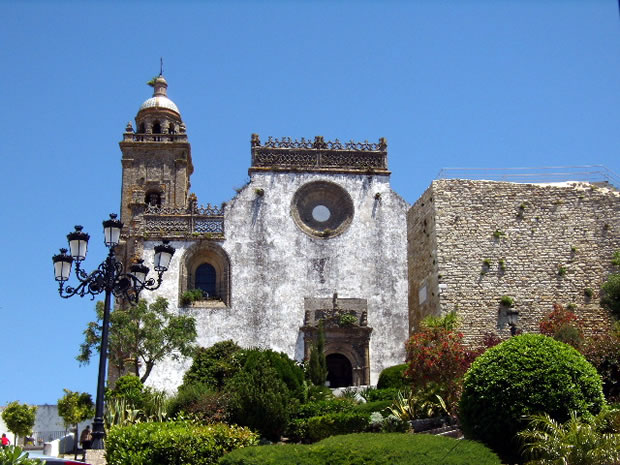 medina-sidonia-iglesia-parroquial-matriz-de-santa-maria-la-mayor-la-coronada-lateral