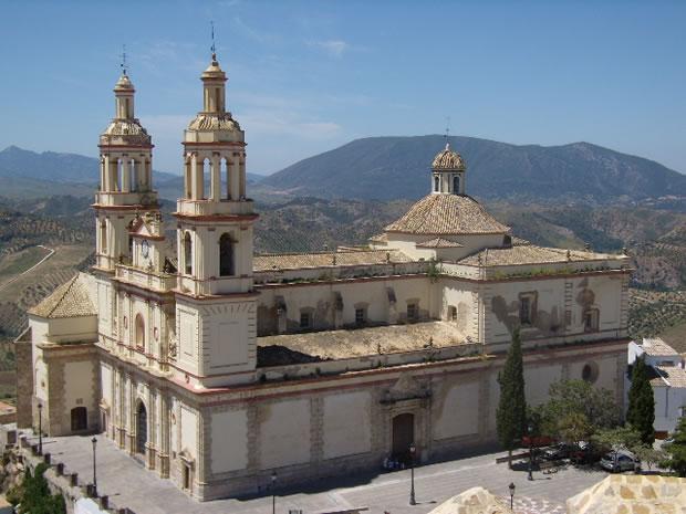 Olvera, Iglesia Arciprestal de Nuestra Señora de la Encarnación