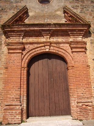 valdelarco-iglesia-del-divino-salvador-portada1