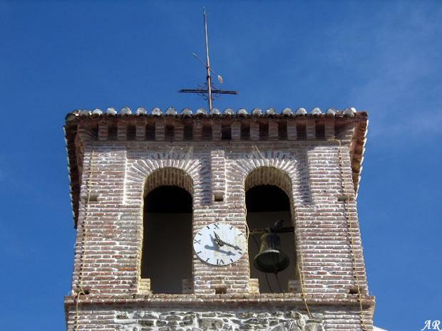 Campanario de la Iglesia de San Mateo de Almáchar