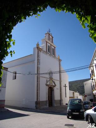 Iglesia de la Inmaculada Virgen Concepción María de Almargen. En 1695 se amplió la nave de la Epístola. En 1770 se produjo otra reforma tasada en 40.750 costeadas con los efectos decimales, momento en el que se construye la espadaña de corte barroco.