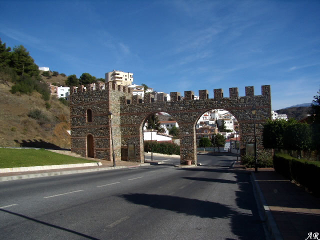 Moclinejo - Arco - Sendero Moclinejo - Totalán