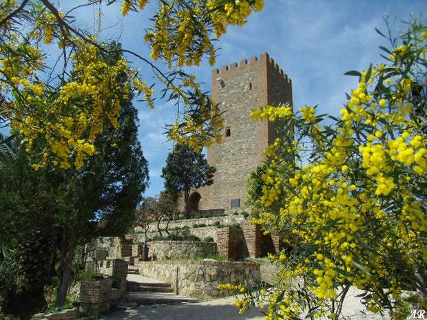 castillo-de-velez-malaga-exterior