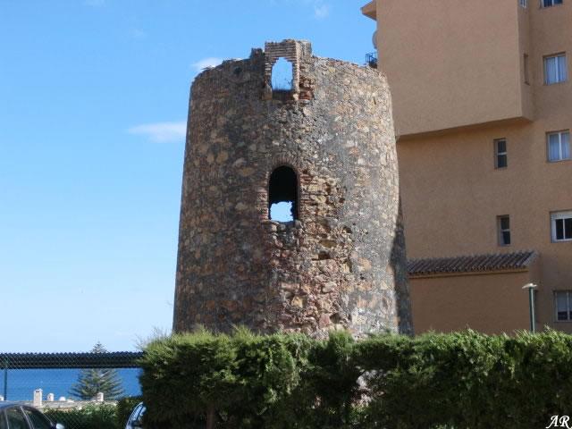 Torre Almenara de Saladavieja - Torre Vigía de Saladavieja - Estepona