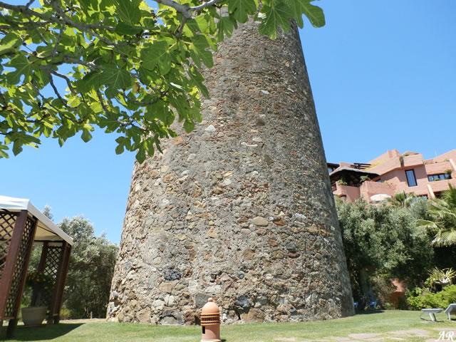 Baño Turco Frecuencia:Torre del Padrón, torre vigía en el municipio de Estepona