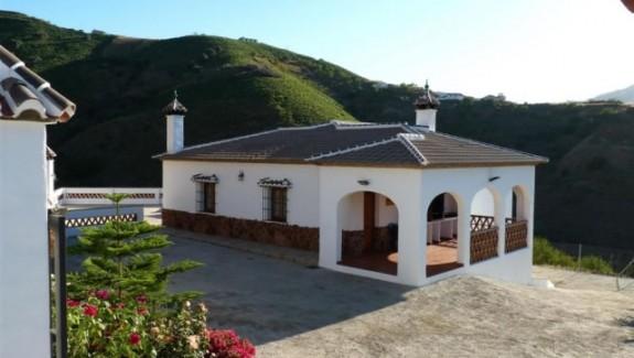 Casa Rural Poniente - Alojamiento Rural en la Axarquía Malagueña - Turismo en Almáchar