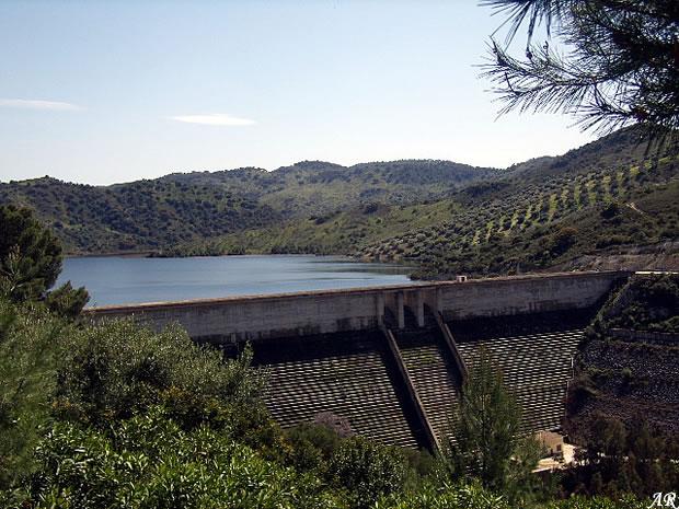 Presa de la Puebla de Cazalla - Embalse de la Puebla de Cazalla - Pantano de la Puebla de Cazalla