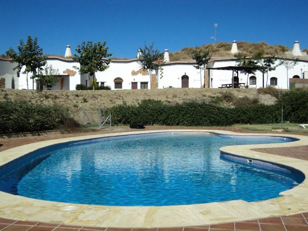 Venta de Casas Cueva en Guadix - Complejo de Alojamientos Rurales en Casas Cueva - Granada