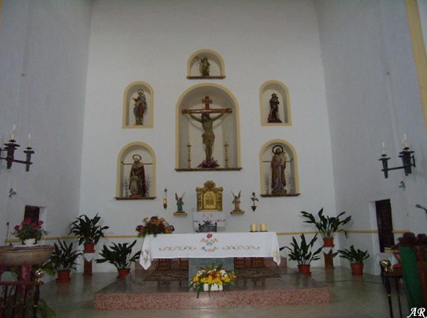 alozaina-iglesia-de-santa-ana-interior