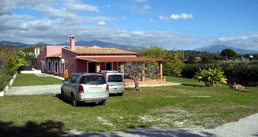 Venta de Finca Rústica con Chalet en Estepona