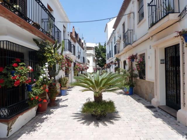 Calle Azucena Estepona