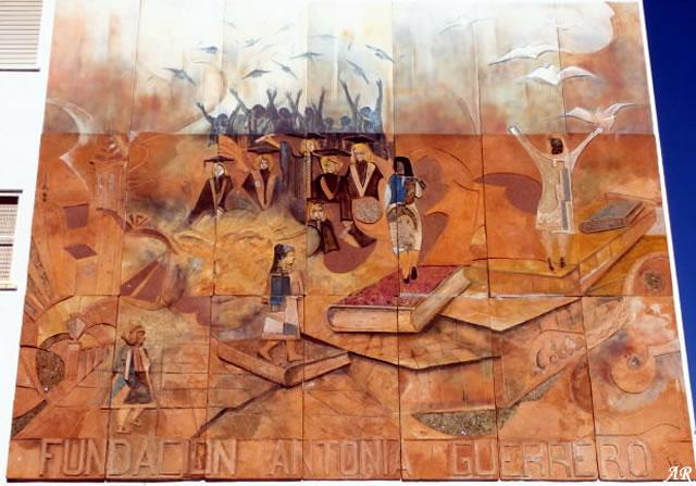 Mural Artístico Fundación Antonia Guerrero - Estepona - Ruta de los Murales Artísticos