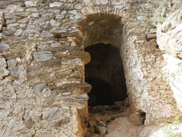 torre-de-la-romera-puerta