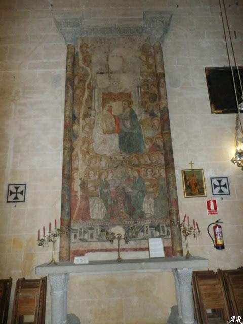 arcos-de-la-frontera-basilica-menor-de-santa-maria-de-la-asuncion-altar-de-las-pinturas-murales