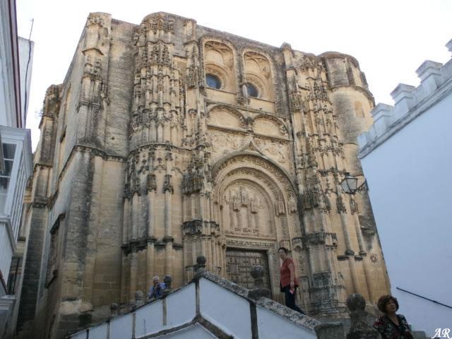 arcos-de-la-frontera-basilica-menor-de-santa-maria-de-la-asuncion-portada