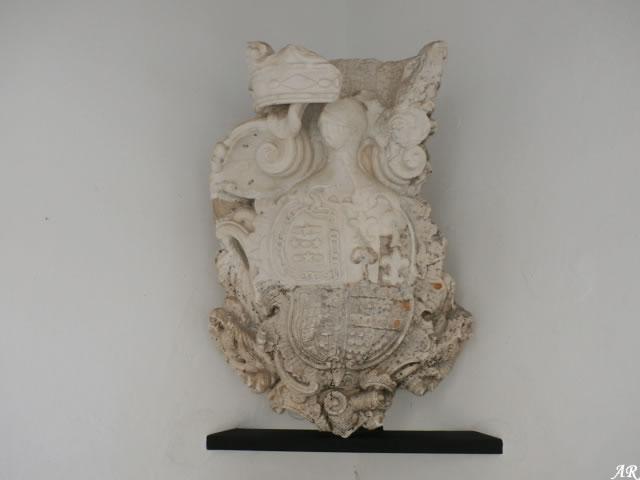 arcos-de-la-frontera-palacio-del-mayorazgo-escudo
