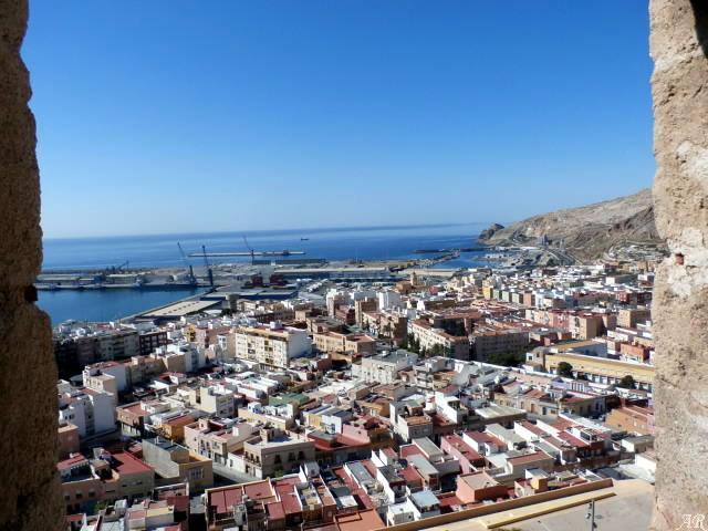 Almer a monumentos gastronom a fuentes distancias y for Inmobiliarias de almeria