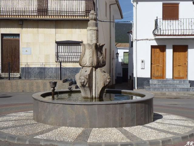 Fuente de la Plaza Constitución - Aldeire