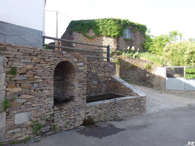 Fuente del Tiro - Aldeire