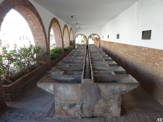 Lavadero de la Santa Cruz de Canjáyar