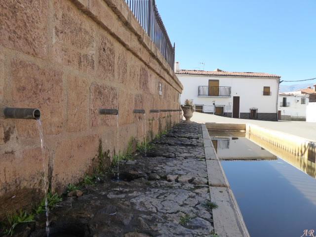 Fuente de los Caños - La Calahorra