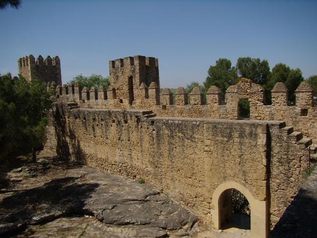 Castle of Las Aguzaderas - El Coronil