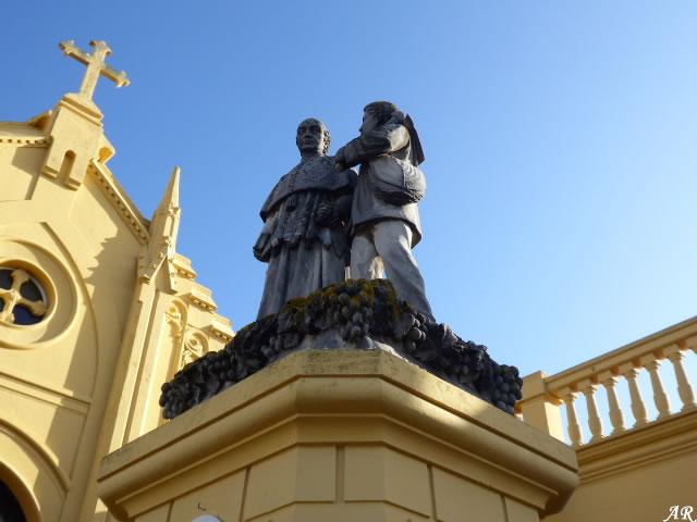 Escultura al Magistral Cabrera