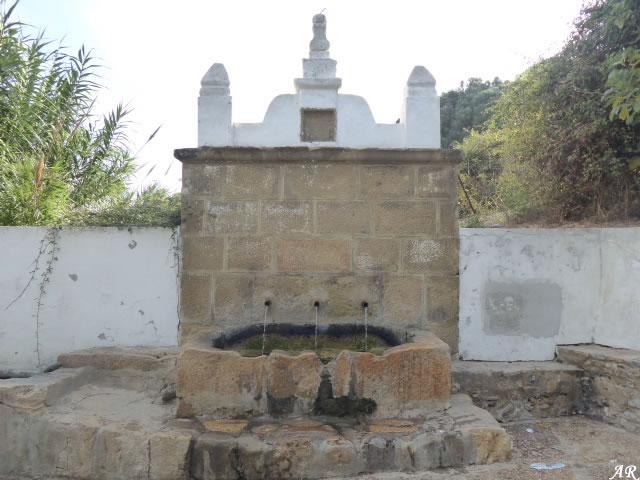 Fuente María España en San Roque