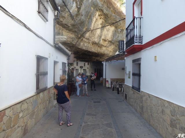 Cuevas de la Sombra de Setenil de las Bodegas