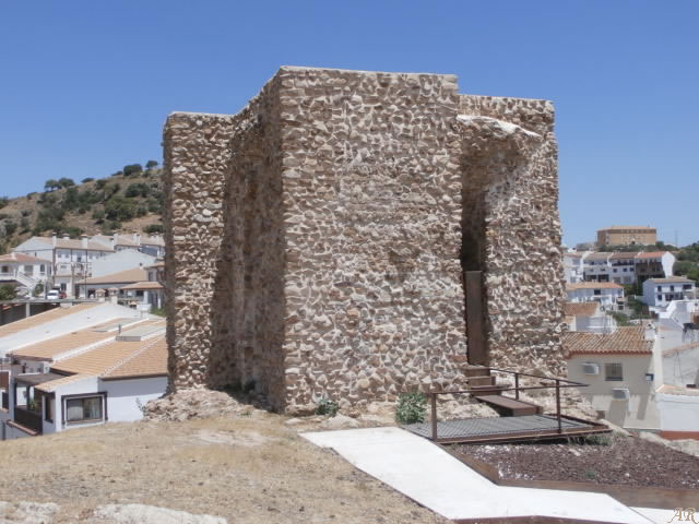"Castillo de Almogía ""Torre de la Vela"" - Hins Xan Biter (Sancti Petri)"