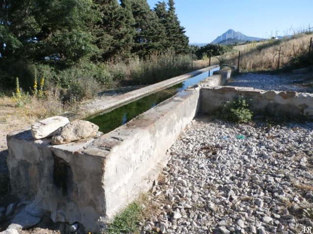 Juncal Fountain - Casares