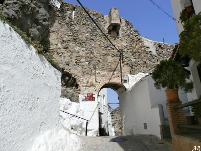 Puerta Calle Arrabal. Siglo XIII