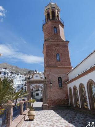 Torre de la Iglesia Parroquial de Nuestra Señora de la Asunción de Cómpeta