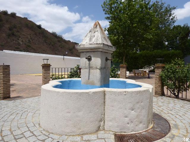 Fuente Municipal de Cuevas Bajas