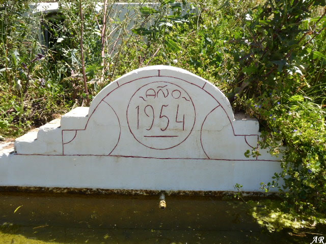 Camino de la Ermita Fountain